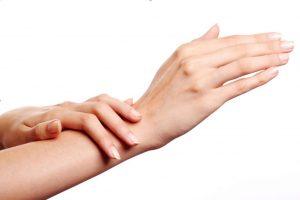 Rejuvenecer las manos de forma efectiva